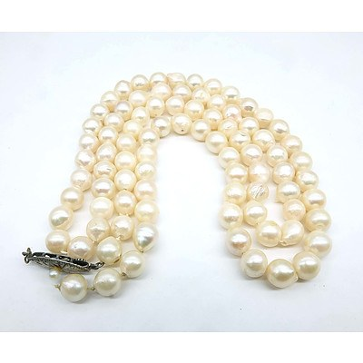 Strand of Creme Coloured Baroque Cultured Pearls