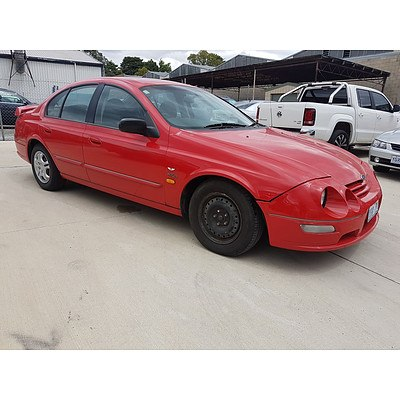 5/2000 Ford Falcon XR6 AU 4d Sedan Red 4.0L