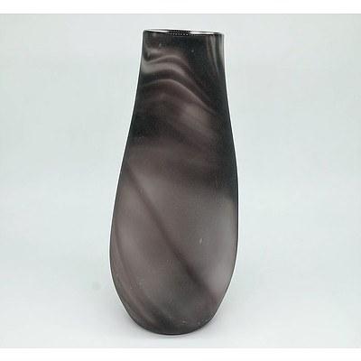 Art Glass Purple Hue Vase