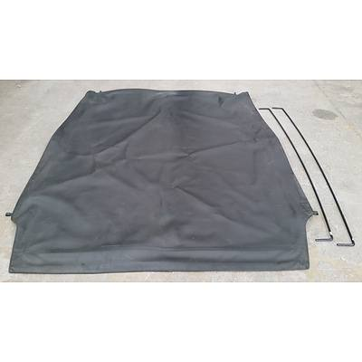 VF Commodore Ute Tonneau Cover and Two Cross Bars
