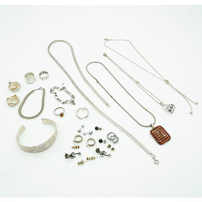 Large Group of Sterling Silver Jewellery and Other