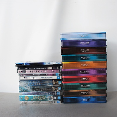 Lot of Stargate CDs, Stargate SG1 Seasons 1-10, Stargate: Atlantis Season 1-5, and more