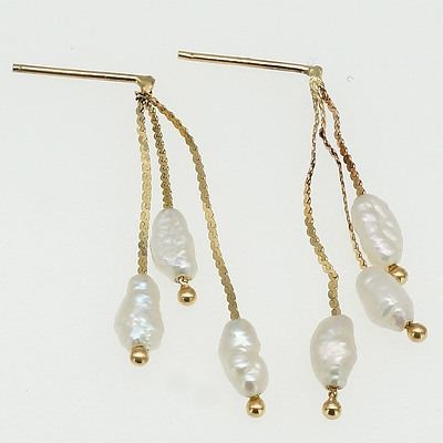 14ct Yellow Gold Drop Earrings Each with Three Fresh Water Pearls on Lengths of Chain