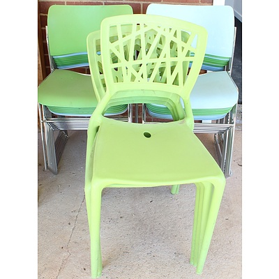 Cafe Chairs - Lot of 25
