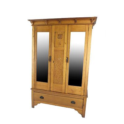 Federation Period Oak Wardrobe with Carved Art Nouveau Tulip Motif Circa 1910