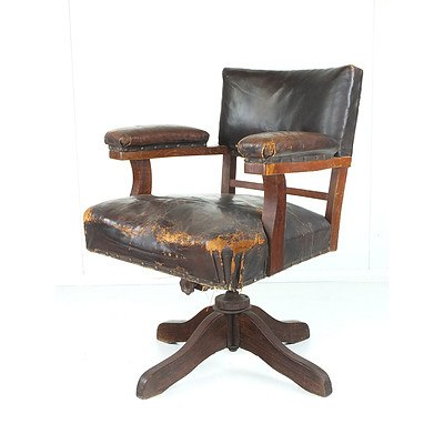 Vintage Leather Upholstered Oak Captain's Type Desk Chair Early 20th Century