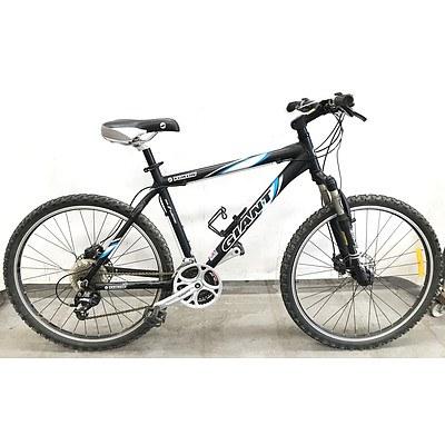 Giant Yukon 24 Speed Mountain Bike