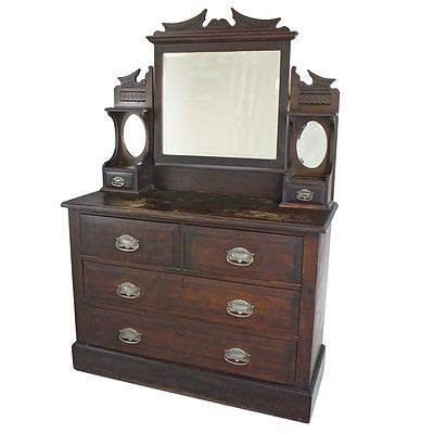Antique Australian Federation Period Kauri Pine Duchess with Walnut Stained Finish, Early 20th Century