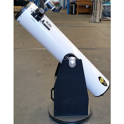 Bintel BT-202 Newtonian Reflector Imaging Telescope with Stand