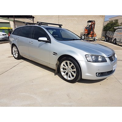 5/2009 Holden Calais  VE MY09.5 4d Sportswagon Silver 3.6L