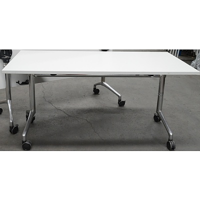 i.am by Thinking Ergonomix Flip Top Table