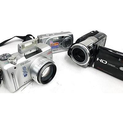 Camcorder & Digital Cameras - Lot of 3
