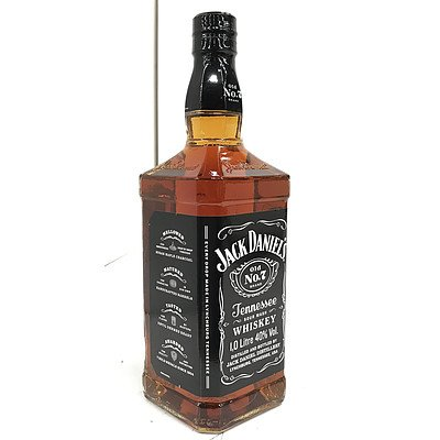 Jack Daniel's Old No.7 Tennessee Whiskey 1 Litre Bottle
