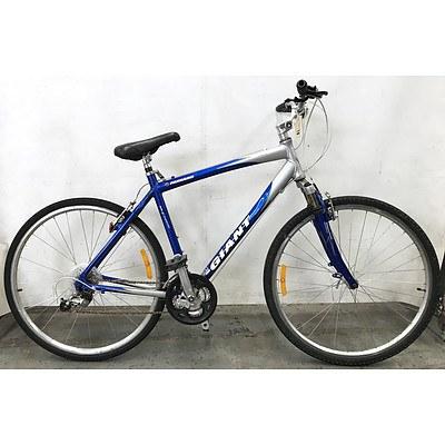 Giant Farrago 24 Speed Hybrid Bike