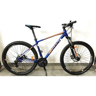 Giant ATX 18 Speed Mountain Bike