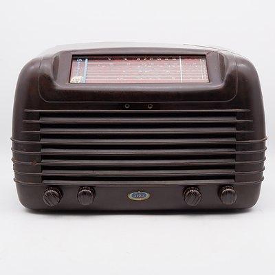 Bakelite Cased Aida Operatic Valve Radio