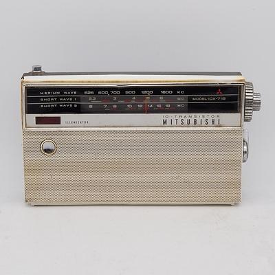 Mitsubishi Model 10X-718 10- Transistor Portable Radio