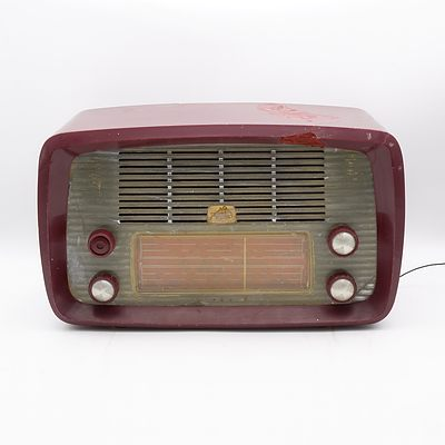 His Master's Voice Model 64-5 Valve Radio
