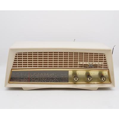 Kriesler Model 11-81 Valve Radio