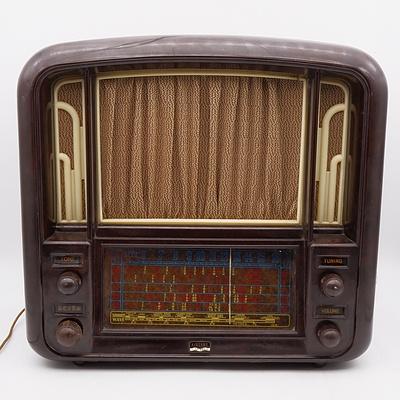 Bakelite Cased Airzone Radio Model 6552A Valve Radio