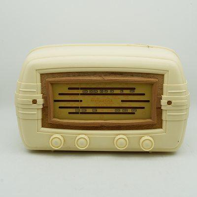 Bakelite Cased AGE Hotpoint Model 640MA Valve Radio