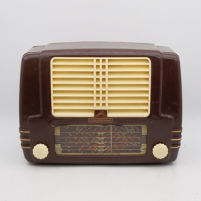 His Master's Voice Little Nipper Model B13C Valve Radio