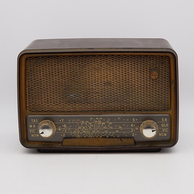 Bakelite Cased Philips Model 165A Valve Radio