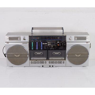 Sharp Model GF-575 Portable Radio