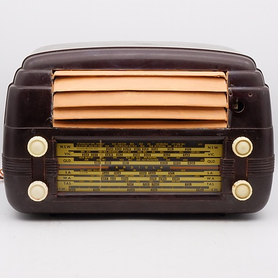 Bakelite Cased AWA Radiola Model 534 Valve Radio