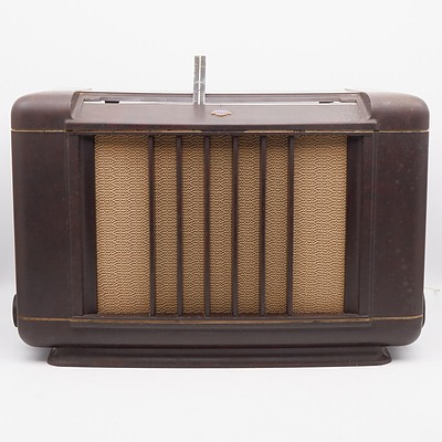 Bakelite Cased Mullard Model 22800 Valve Radio