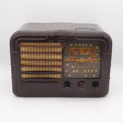 Bakelite Cased Weldon Valve Radio