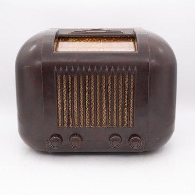 Bakelite Cased Kriesler Model 11-20 Valve Radio