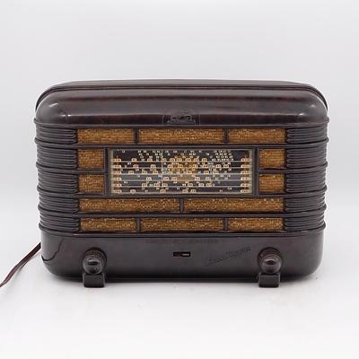 Bakelite Cased His Master's Voice Little Nipper Valve Radio