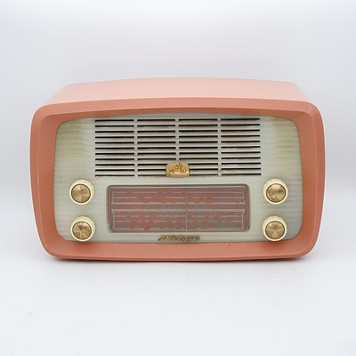 His Master's Voice Little Nipper Model 64-52 Valve Radio
