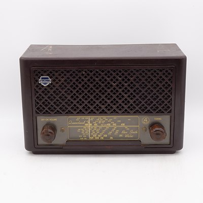 Bakelite Cased Mullard Model MAS 1002 Valve Radio