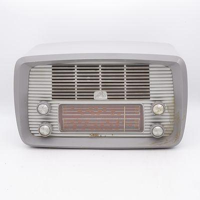 His Master's Voice Little Nipper Model 64-52 Valve Radio