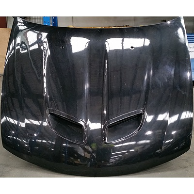 VY Holden Monaro Bonnet, Bar Covers and Tow Bar