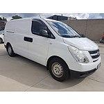 2/2008 Hyundai Iload  TQ 4d Van White 2.5L