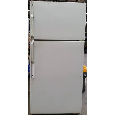 General Electric 400 Litre Fridge/Freezer