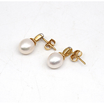 18ct Yellow Gold Earrings with Drop Shaped Fresh Water Pearl and Round Brilliant Cut Diamonds