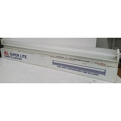 Sandy's Lighting Super Lite LD2 Fluorescent Baton Light- Brand New