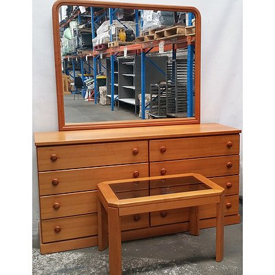 Parker Furniture Dresser With Mirror Lot 1045064 Allbids