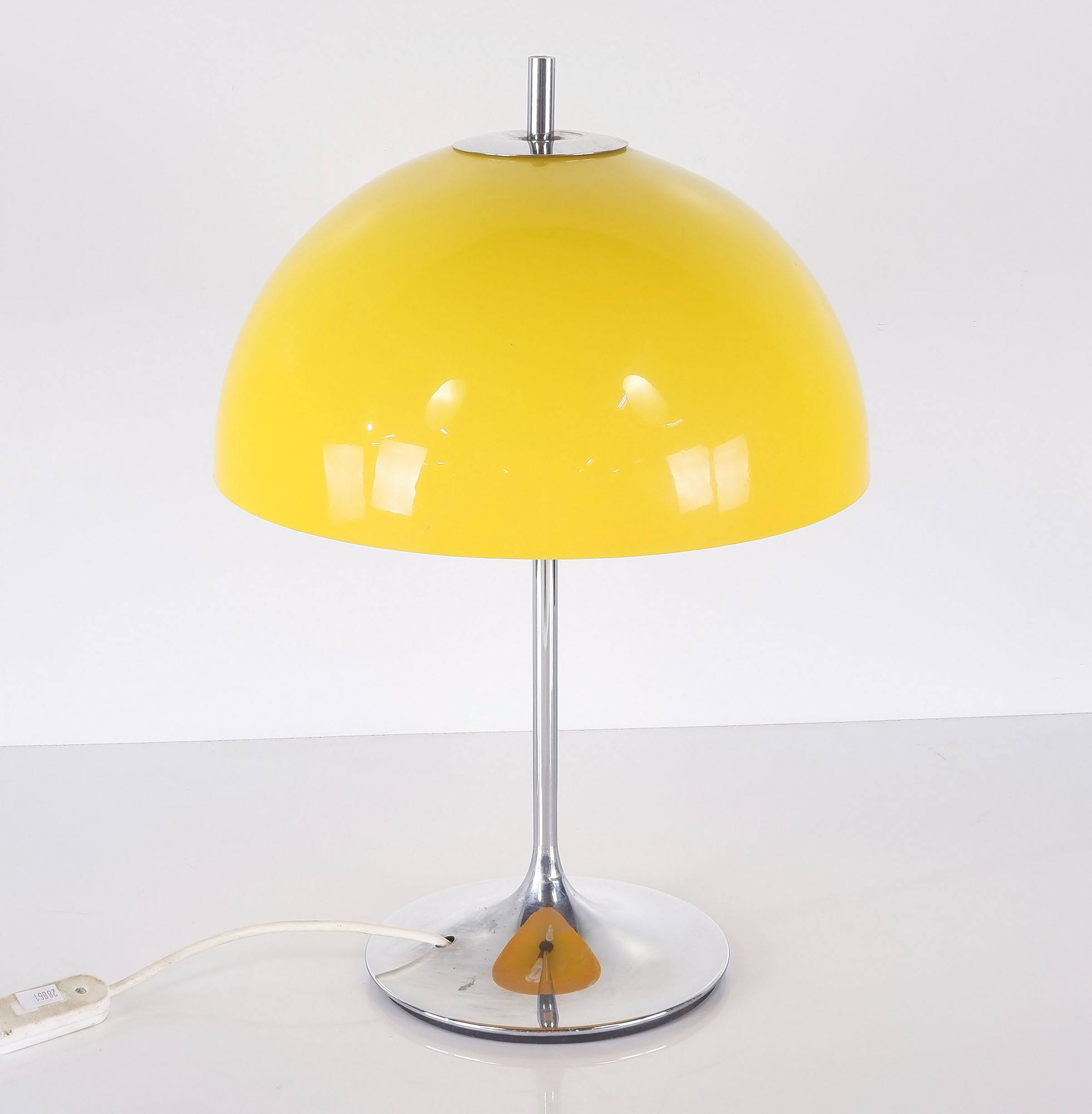 'Verner Panton Style Table Lamp'