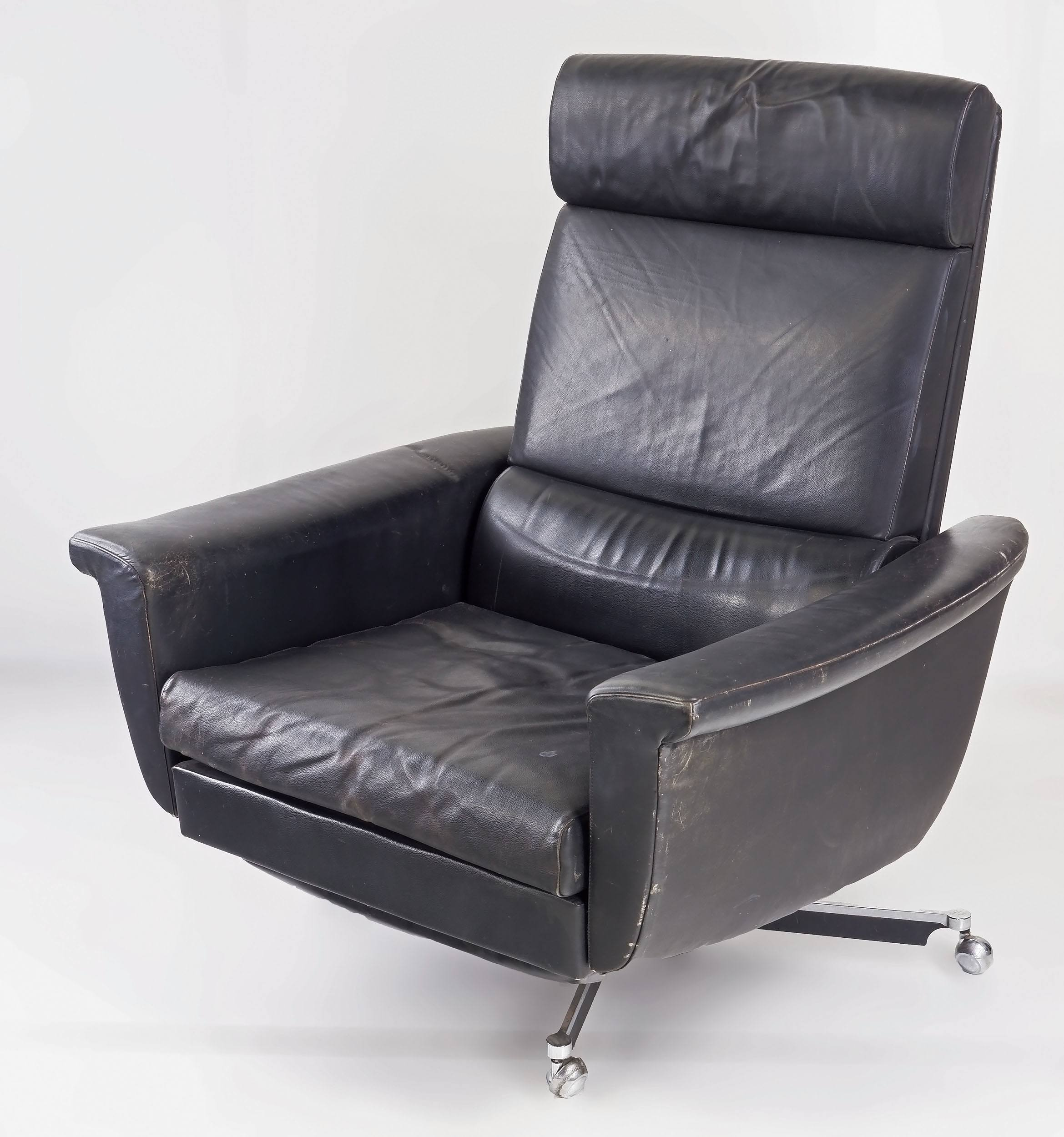 '1970s Danish Leather Reclining Swivel Chair, Purchased in Denmark'