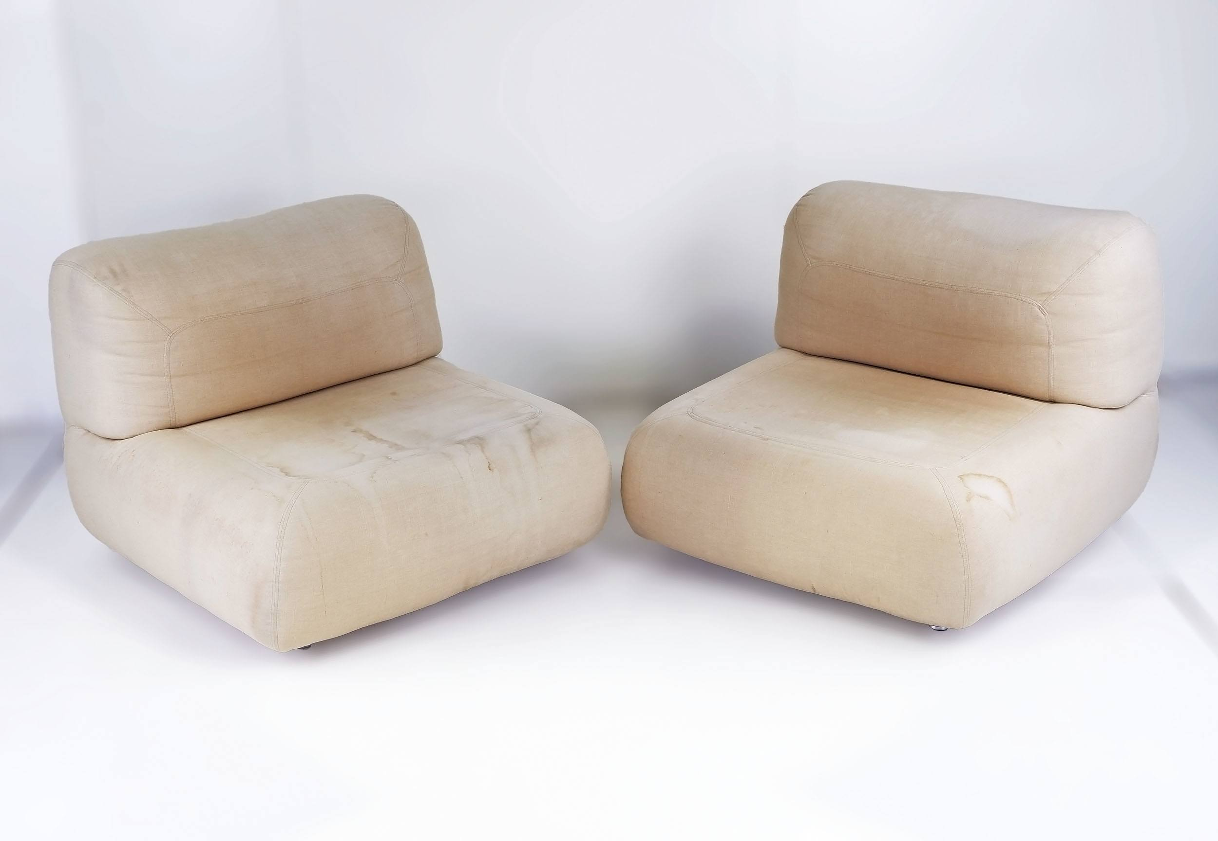 'Pair of 1970s Modernist Lounge Chairs, Unmarked, Likely Denmark or Italy'