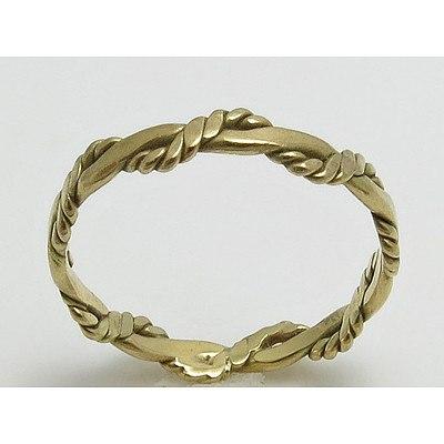 9ct Gold Twist design Ring