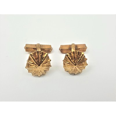 Vintage 9ct Yellow Gold Shell Design Cufflinks
