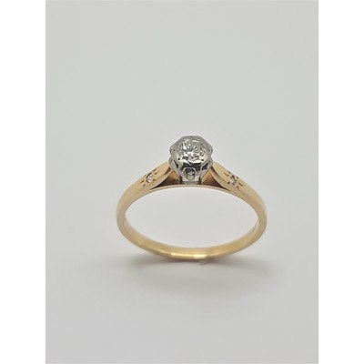 Vintage 18ct Yellow Gold and Platinum Mounted Diamond Ring