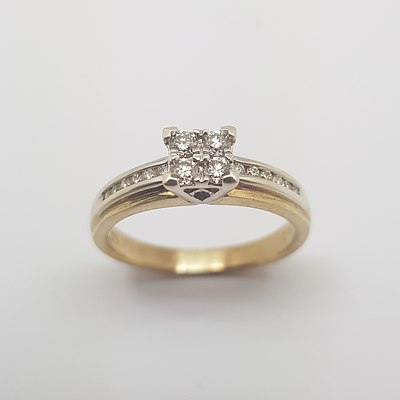 9ct Yellow Gold Diamond Ring with Flat Band and Graduated Shoulders.