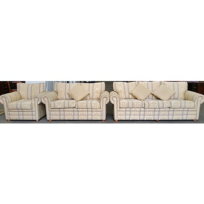 Drexel Heritage Three Piece Lounge Suite